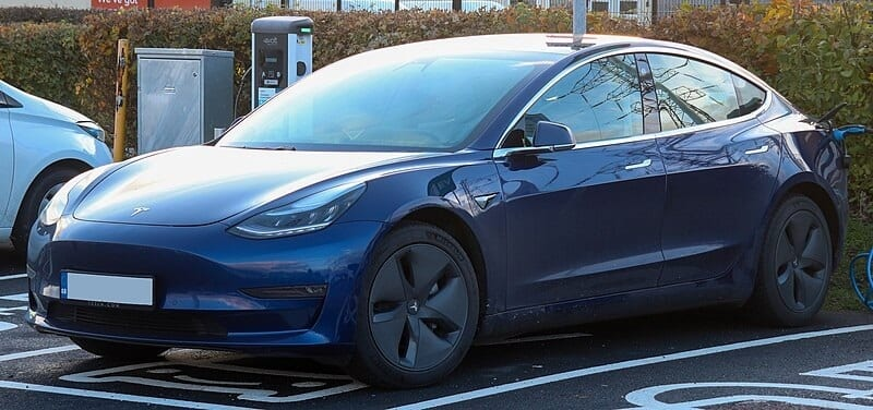 Tesla Model 3 Charging Guide | Cost, Time & Extra Tips ...